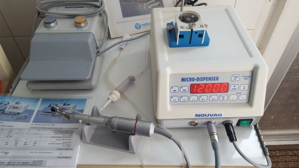 Nouvag Micro- Dispenser Physiodispenser Implantologie Kieferchirurgie