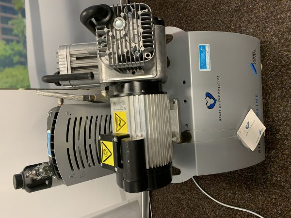 DUO Kompressor Dürr Dental Typ 5252-01, sehr guter Zustand