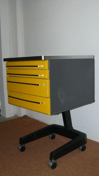 Rollschrank Rollcontainer aus Metall Dentalmöbel gebraucht