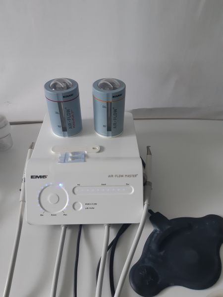 EMS Air- Flow Airflow Master mit zwei Handstücke