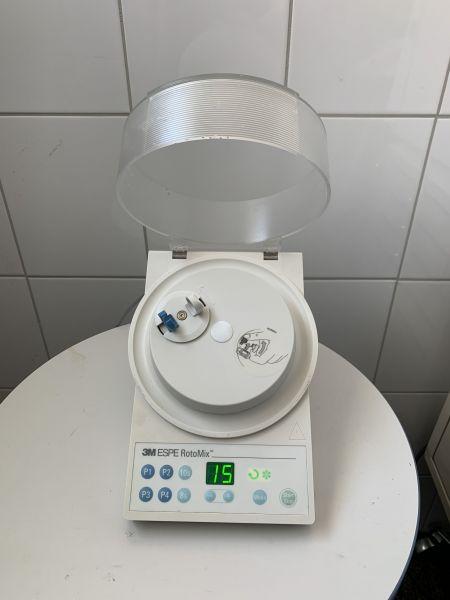 ESPE Rotomix 3M Kapselmischer Kapselmixer