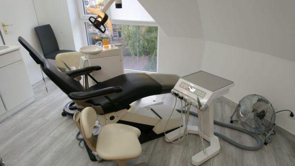 KaVo Patientenstuhl mit TGA Cart Behandlungseinheit
