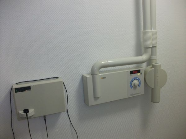 Sirona Heliodent DS Kleinröntgengerät mit digitalem Sensor SIDEXIS