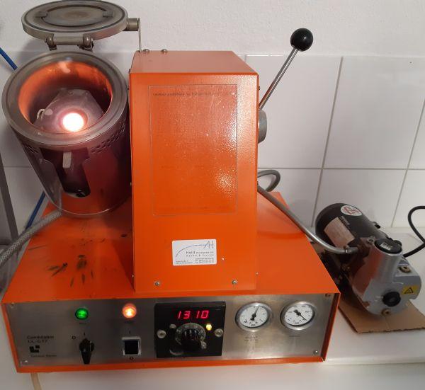 Heraeus Hanau Combilabor CL-G 77 Vakuum- Druckgussgerät Gussgerät